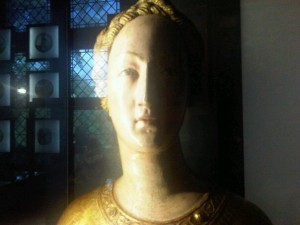 cluny-musee-woman
